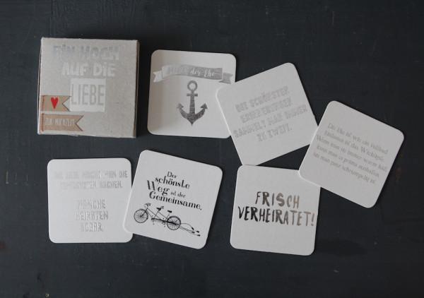 """Kartenbox """"Ein Hoch auf die Liebe"""" / Zur Hochzeit 2"""
