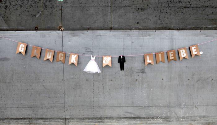 """Hochzeitsgirlande """"Glück & Liebe"""" 1"""